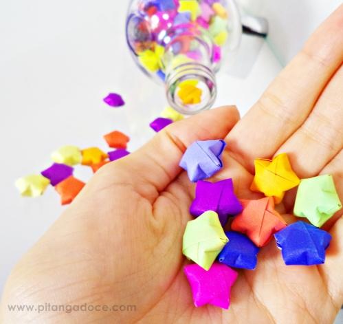 diy garrafa com estrelas coloridas